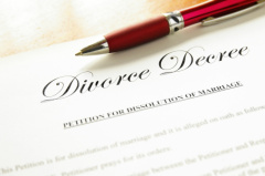 Our lawyers in Akron, Ohio can represent and guide you in the dissolution of your marriage.