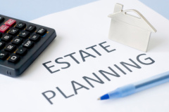 Contact our estate lawyers in Akron for legal advice in planning your estate.